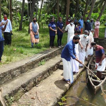 Local Self Government and youth join cleanliness drive in Kerala